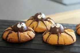 Spider cookies (cookies araignées)