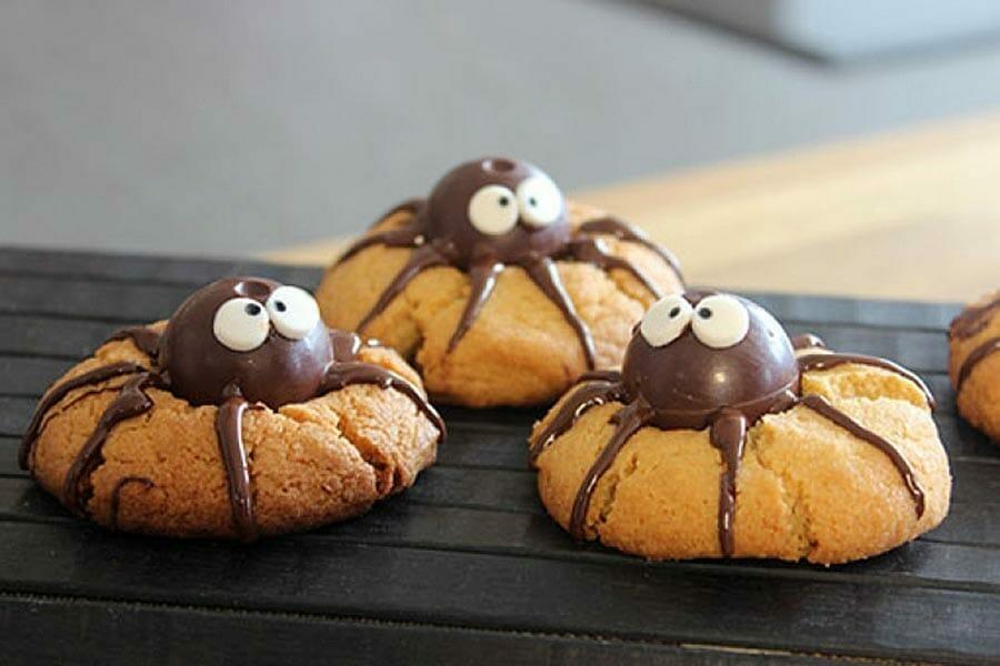 spider cookies cookies araign es au thermomix cookomix. Black Bedroom Furniture Sets. Home Design Ideas