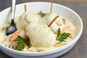 Filets de sole aux crevettes et champignons