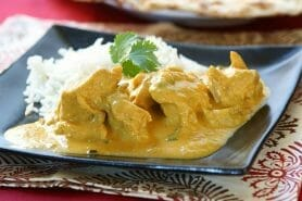 Blancs de poulet sauce moutarde et curry