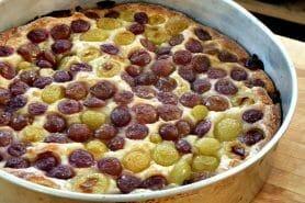 Clafoutis aux raisins frais