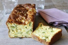Cake courgettes et cheddar