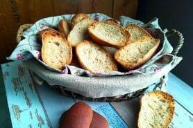 Petits pains grillés