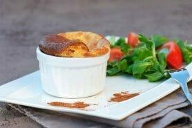Soufflé au camembert et calvados