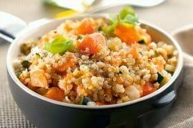 Risotto de quinoa, courgettes et saumon