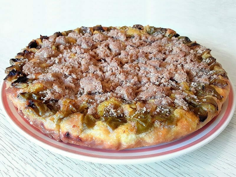 Tarte briochée aux prunes avec streusel au Thermomix