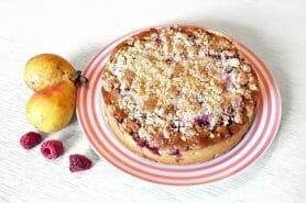 Gâteau poires, framboises et ricotta