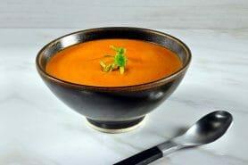 Velouté de carottes et poivrons rouges