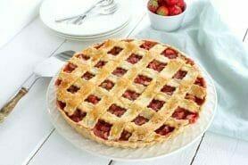 Tarte aux fraises et à la rhubarbe au Thermomix