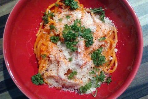 Spaghettis aux crevettes et à l'ail Thermomix par CAMIRINA