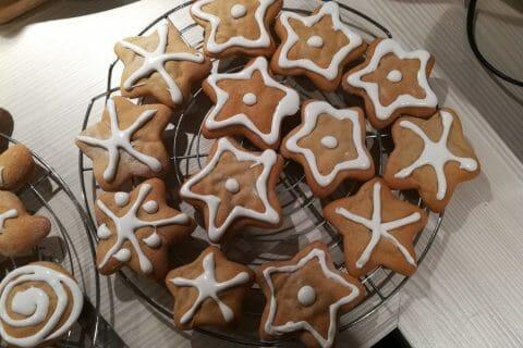 Biscuits pain d'épices de la Saint Nicolas Thermomix par Laeti67