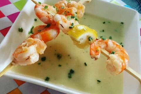 Soupe de concombre et crevettes marinées au citron Thermomix par lavenua01