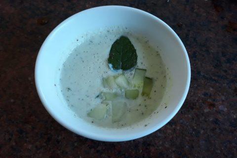 Soupe froide concombre et menthe Thermomix par Dine_1
