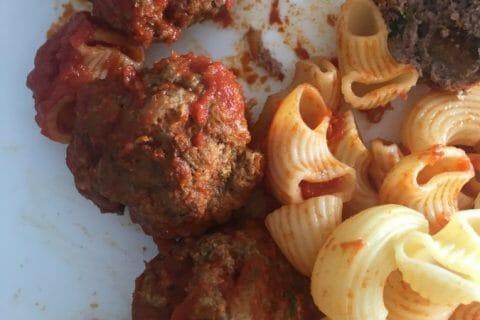 Boulettes de viandes à la sauce tomate Thermomix par audrey2502