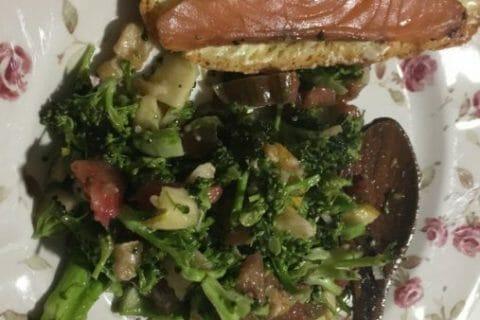 Salade de brocolis Thermomix par Candyella
