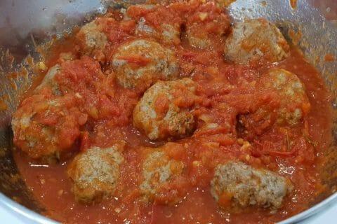 Boulettes de viandes à la sauce tomate Thermomix par Laya06