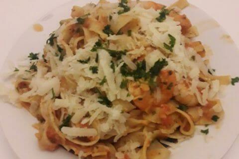 Spaghettis aux crevettes et à l'ail Thermomix par cricri95