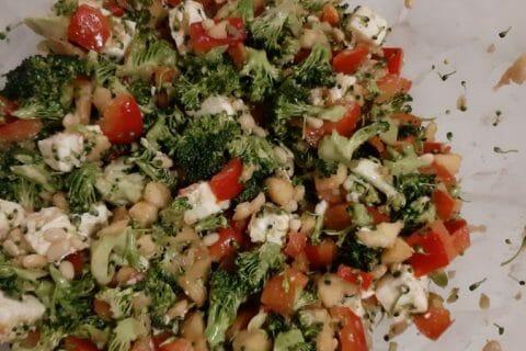 Salade de brocolis Thermomix par lolo07340