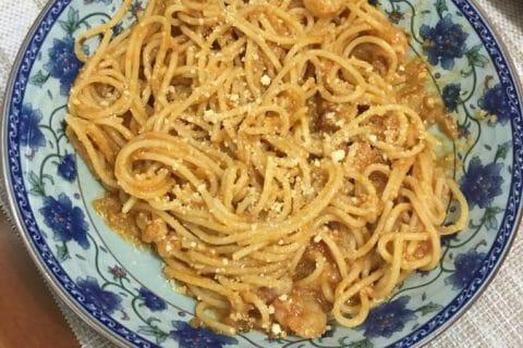 Spaghettis aux crevettes et à l'ail Thermomix par Celine45800