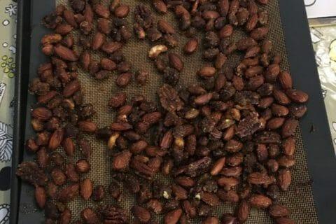 Amandes grillées à la cannelle et au miel Thermomix par Mounzi