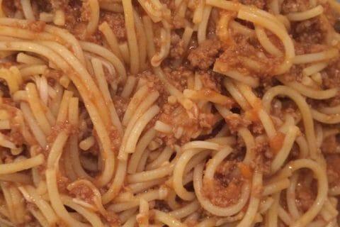 Spaghettis bolognaise Thermomix par Melanie_44