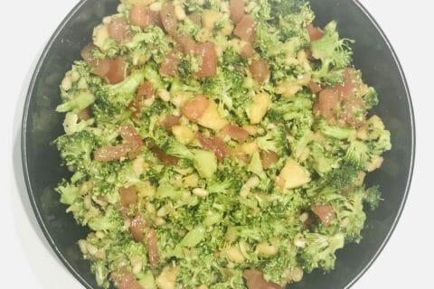 Salade de brocolis Thermomix par Laurie