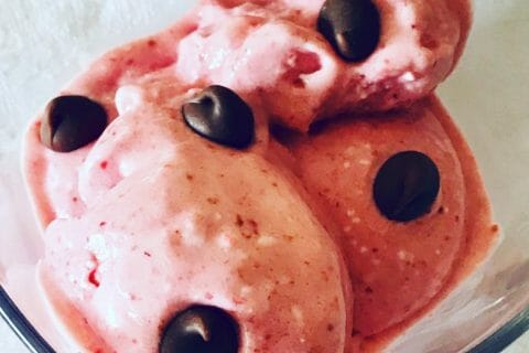 Glace à la fraise Thermomix par Leila1966