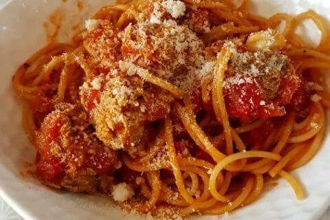 Boulettes de viandes à la sauce tomate Thermomix par Melimelo21