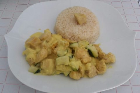 Blancs de poulet sauce moutarde et curry Thermomix par Adenium13