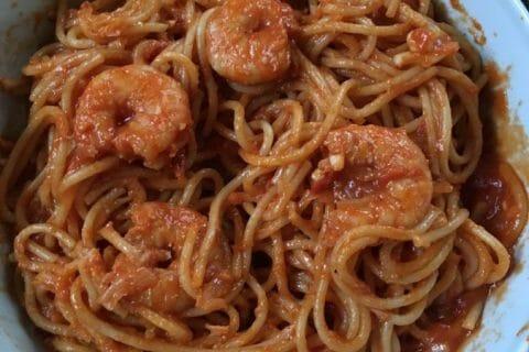 Spaghettis aux crevettes et à l'ail Thermomix par Cocuistoulie